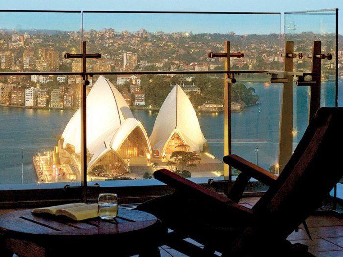 Destination Daydream 14 Breathtaking Rooms With A Vista Travel Australia Travel Photo Room