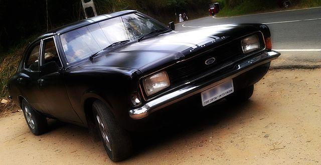 File Ford Cortina Xl Mk3 2000cc 1975 In Sri Lanka Jpeg