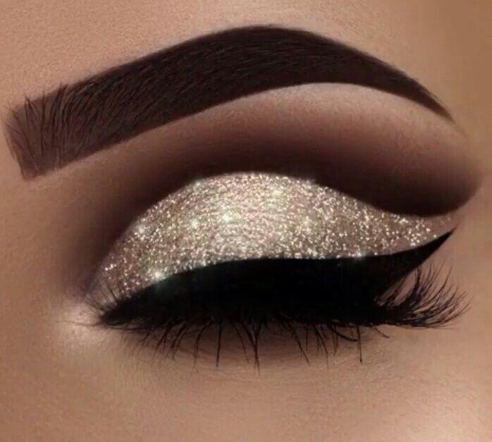 Eyeshadows Prom MakeupGlitter Eye MakeupGold Glitter EyeshadowParty MakeupWedding