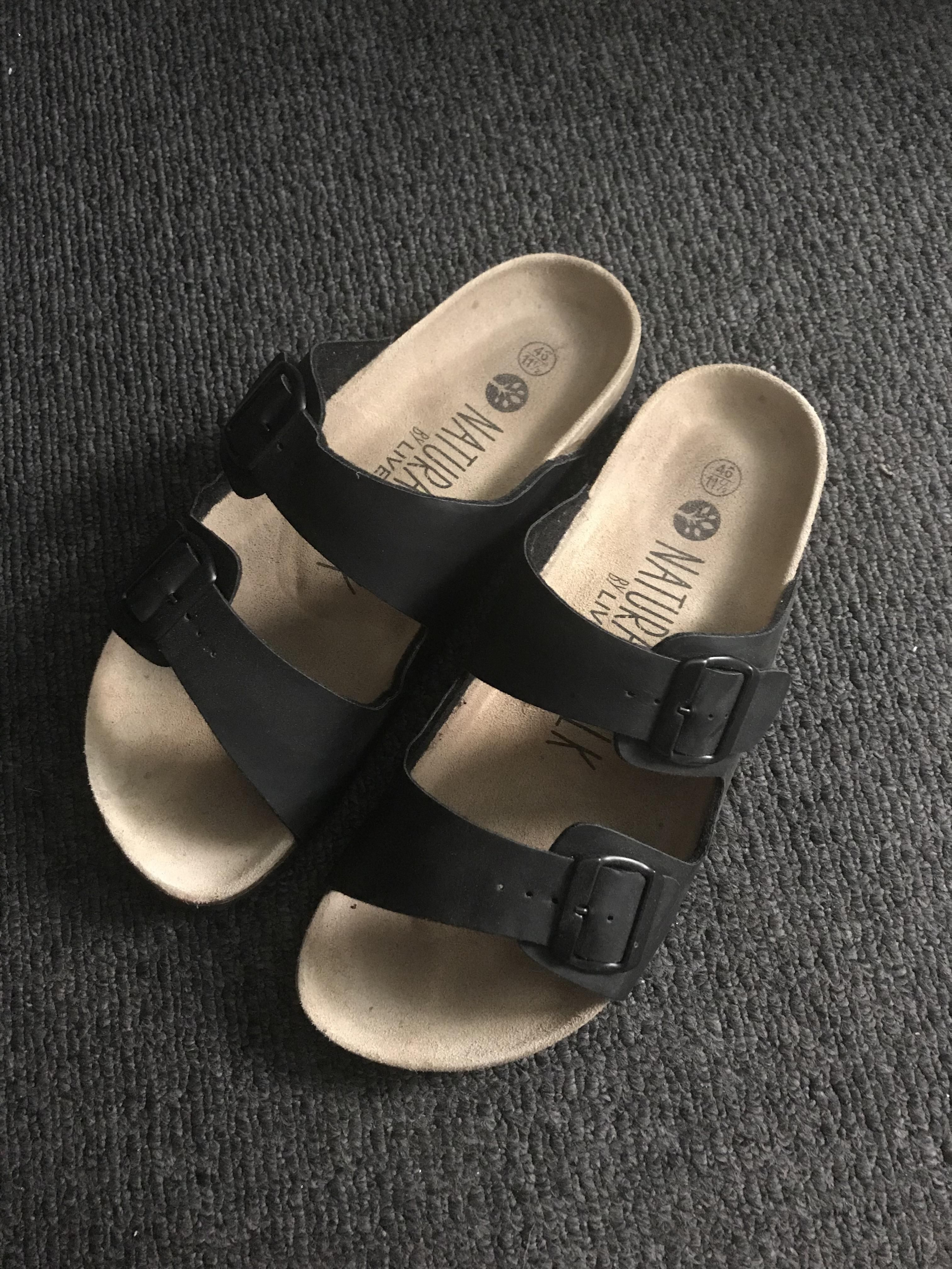Lidl is seling sandals similar to Birkenstocks