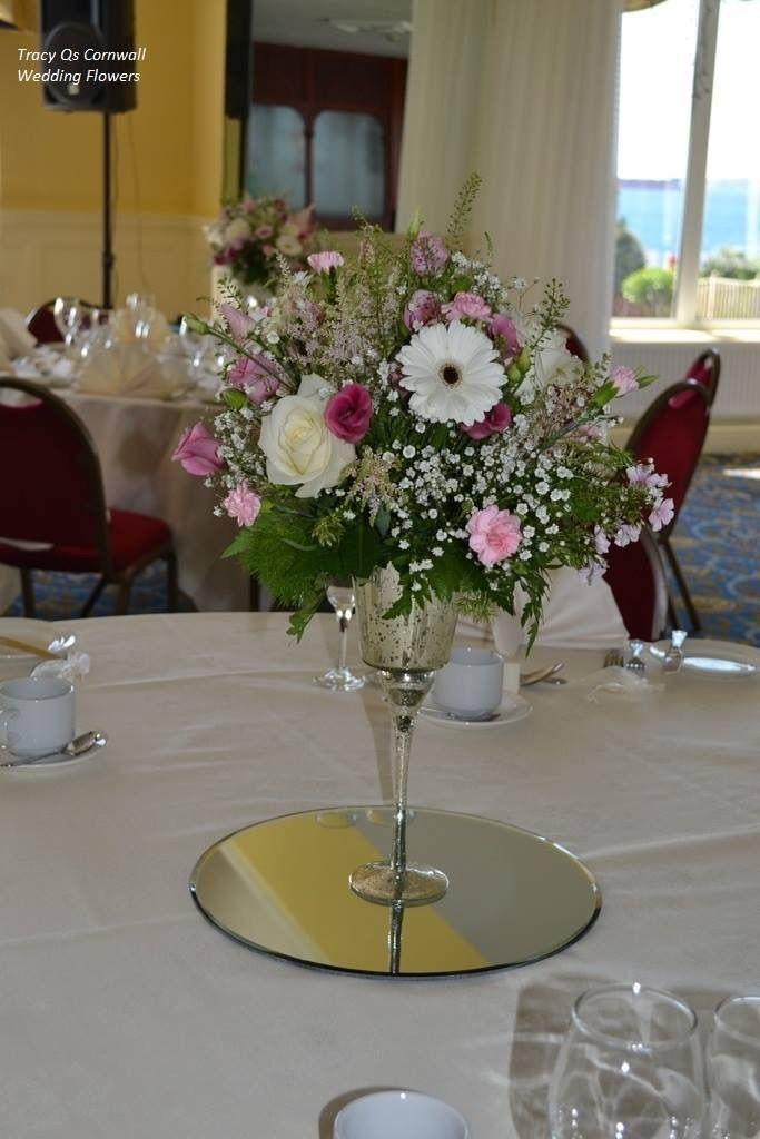 Pin de Maria Lopez en Flores Pinterest Centros de mesa, Centro y - decorar jarrones altos