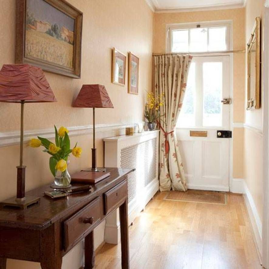 Small front hall design with console table with drawers for Small hall design