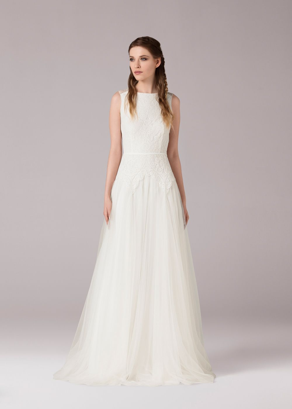 Aline wedding dress made of french cotton lace on a tulle bodice