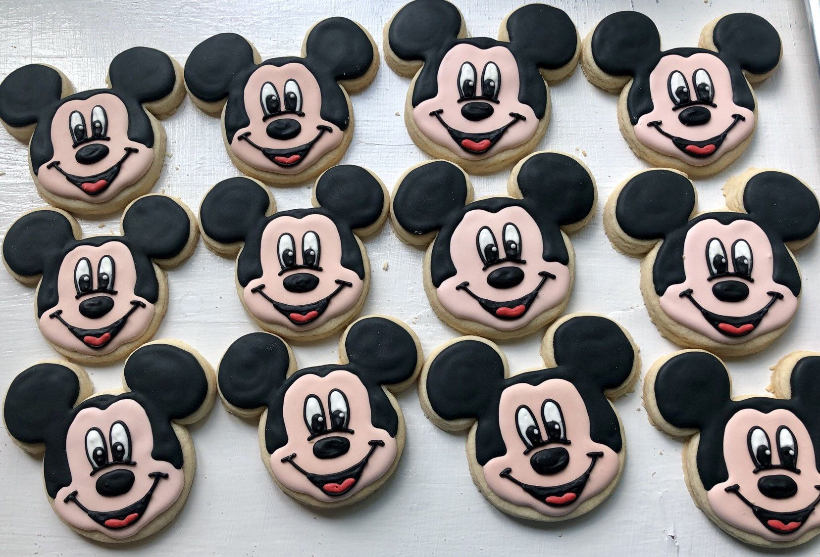 Mickey Mouse Cookies by TheLittleBakerCo on Etsy https://www.etsy.com/listing/711113426/mickey ...