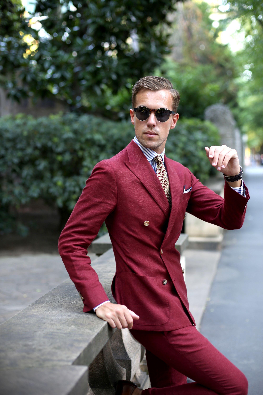 Burgundy menus suit menus suitsherrkostymer pinterest menus