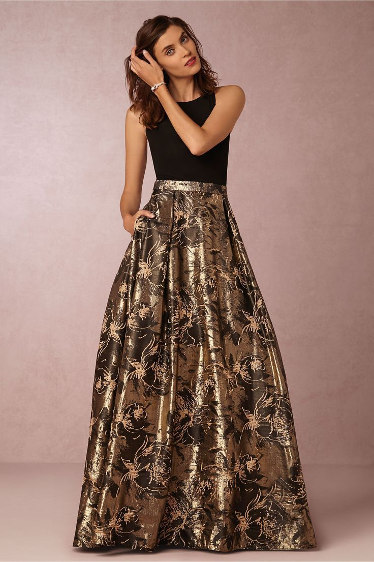 Black And Gold Metallic Bridesmaid Gown Hwl Picks For A Fall Wedding
