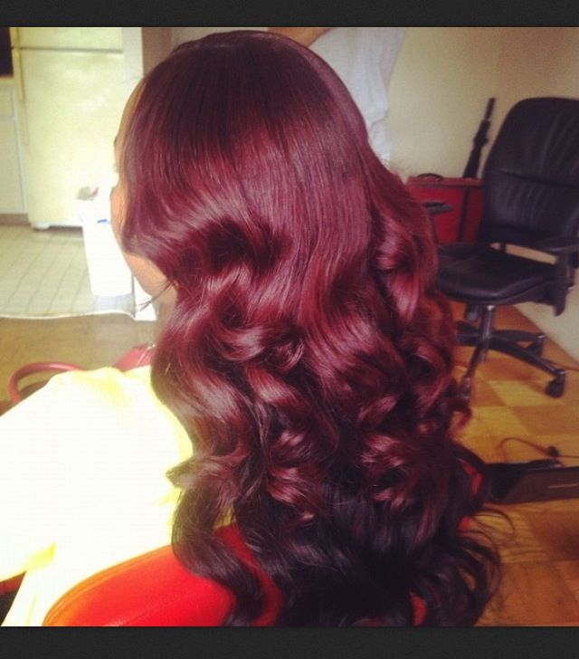 I have made up my mind, that i am redying my hair red. I miss it and I looked fabulous...red hair here i come.