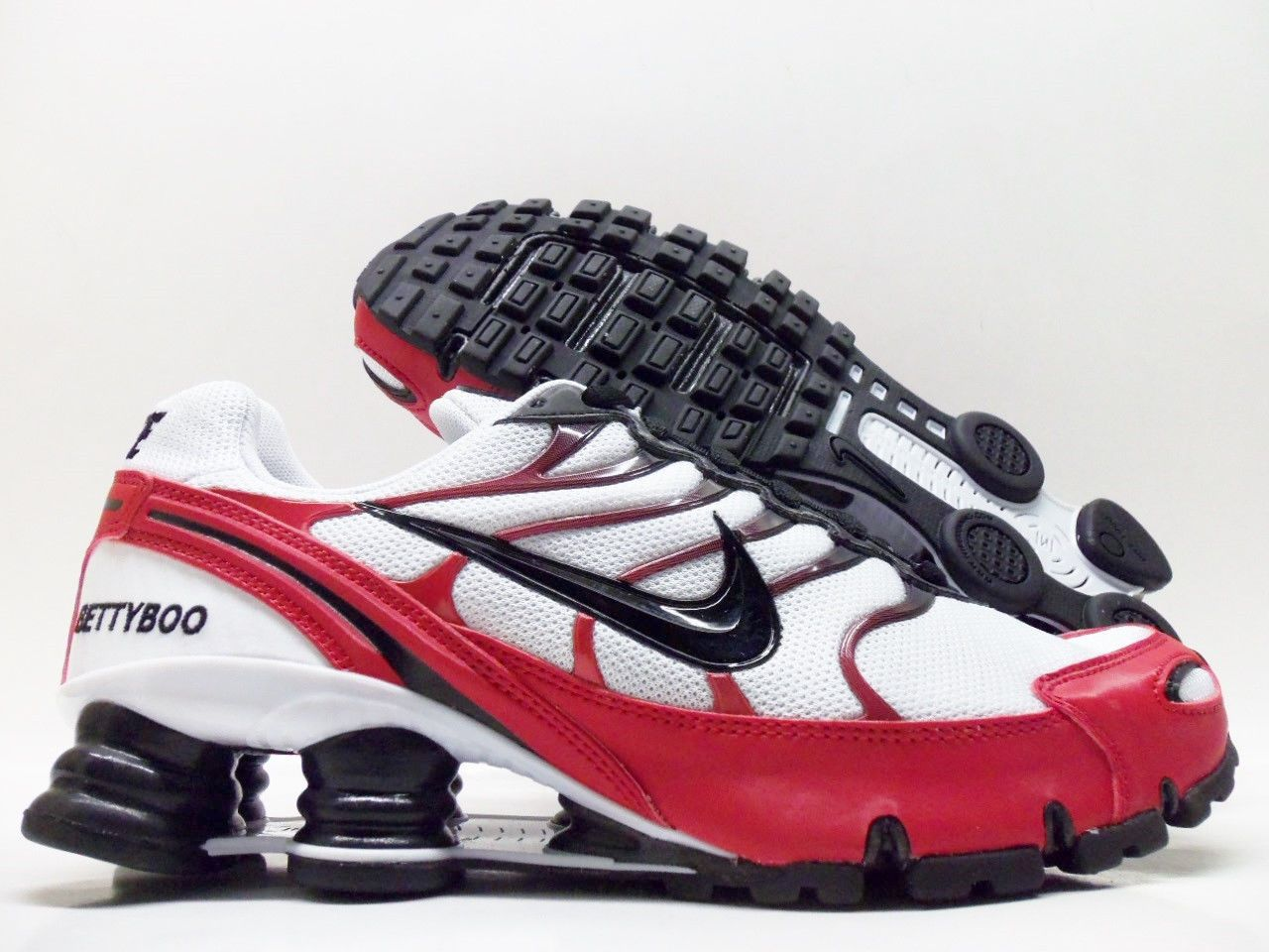 regard détaillé cf4c7 a7b3a Nike Shox Turbo VI ID White Black Red Women's 8 5 326907 993 ...