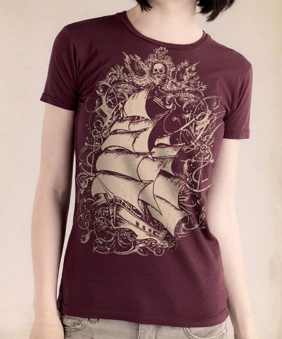 Ship T-shirt Print, Womens Short Sleeve Basic Crew T-shirt Bordeaux