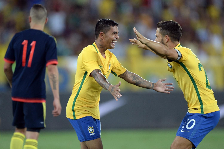 Dudu na Seleção Brasileira contra a Colômbia - Gazeta Esportiva