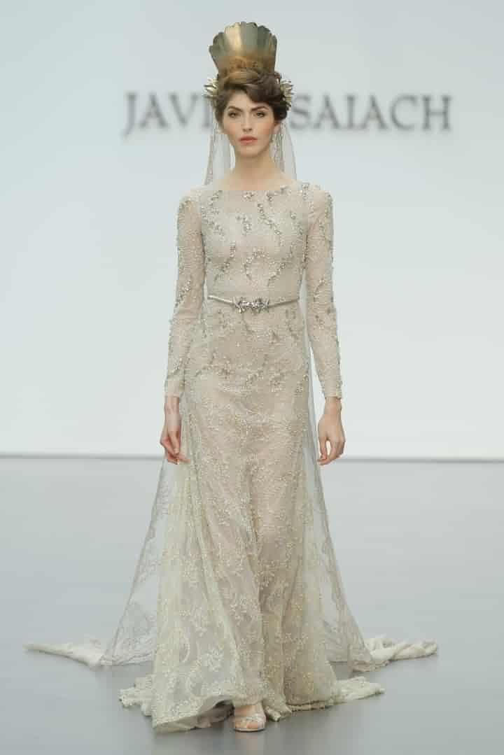 a388c1926d321 Los vestidos de novia con manga larga son ideales para los meses de otoño
