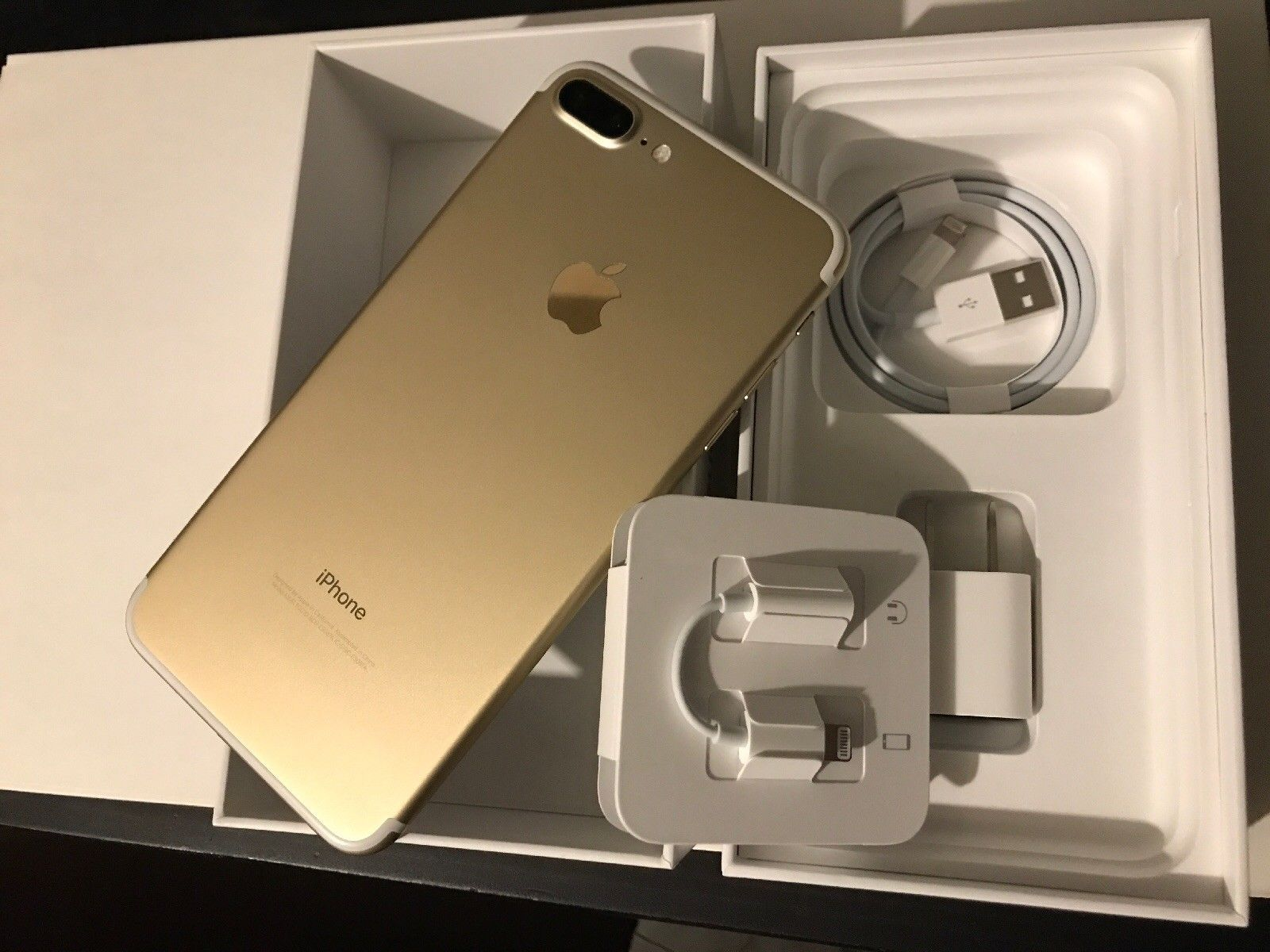 400 00 | Apple iPhone 7 Plus - 128GB - Gold (AT&T) A1784