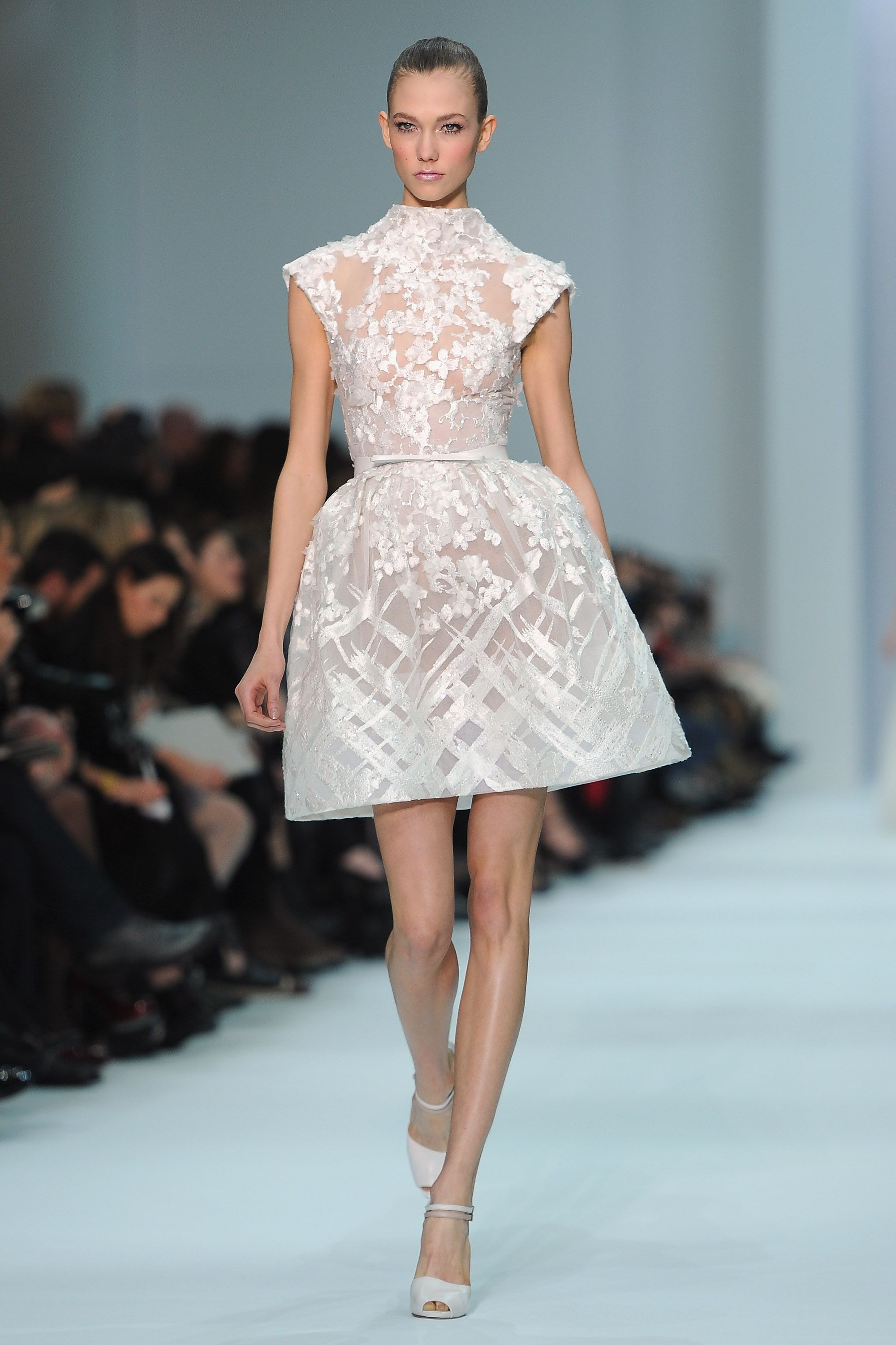 Couture Fashion Week: Elie Saab | Elie saab couture, Couture and ...