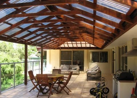 Fotos de decks cobertizos terrazas y p rgolas en madera - Techos para pergolas de madera ...