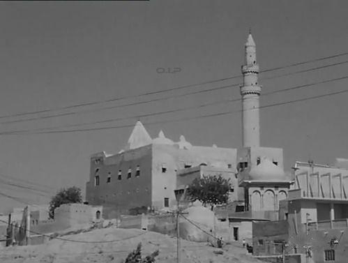 العراق مسجد وضريح النبي يونس في الموصل عام 1977 تويتر Baghdad Iraq Mosque