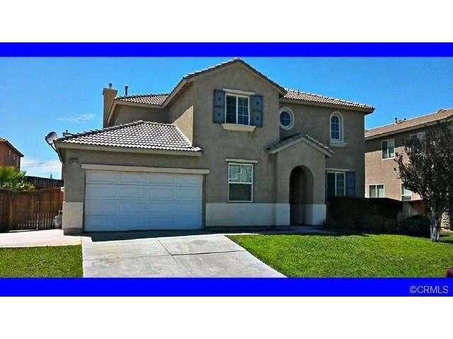 Large Beautiful Two Story 6 Bedroom 3 5 Bath Home Victorville Ca Www Grandvistarealty Com Desert Homes Home Real Estate
