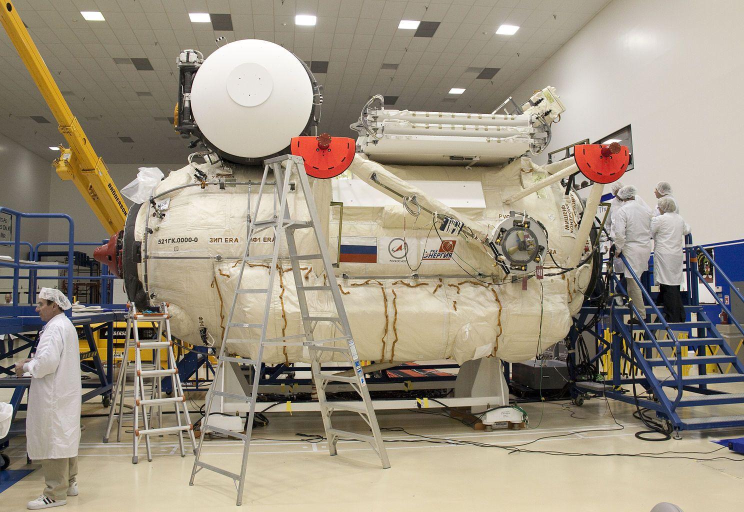 Rassvet Iss Module Iss Space Travel Spacecraft