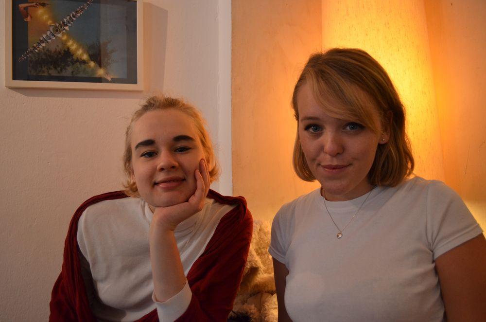 - Har råkat skaffa en blogg med min Elin. - besktkaffe.blogg.se - Och så blev vi med blogg http://besktkaffe.blogg.se/2014/october/och-sa-blev-vi-med-blogg.html