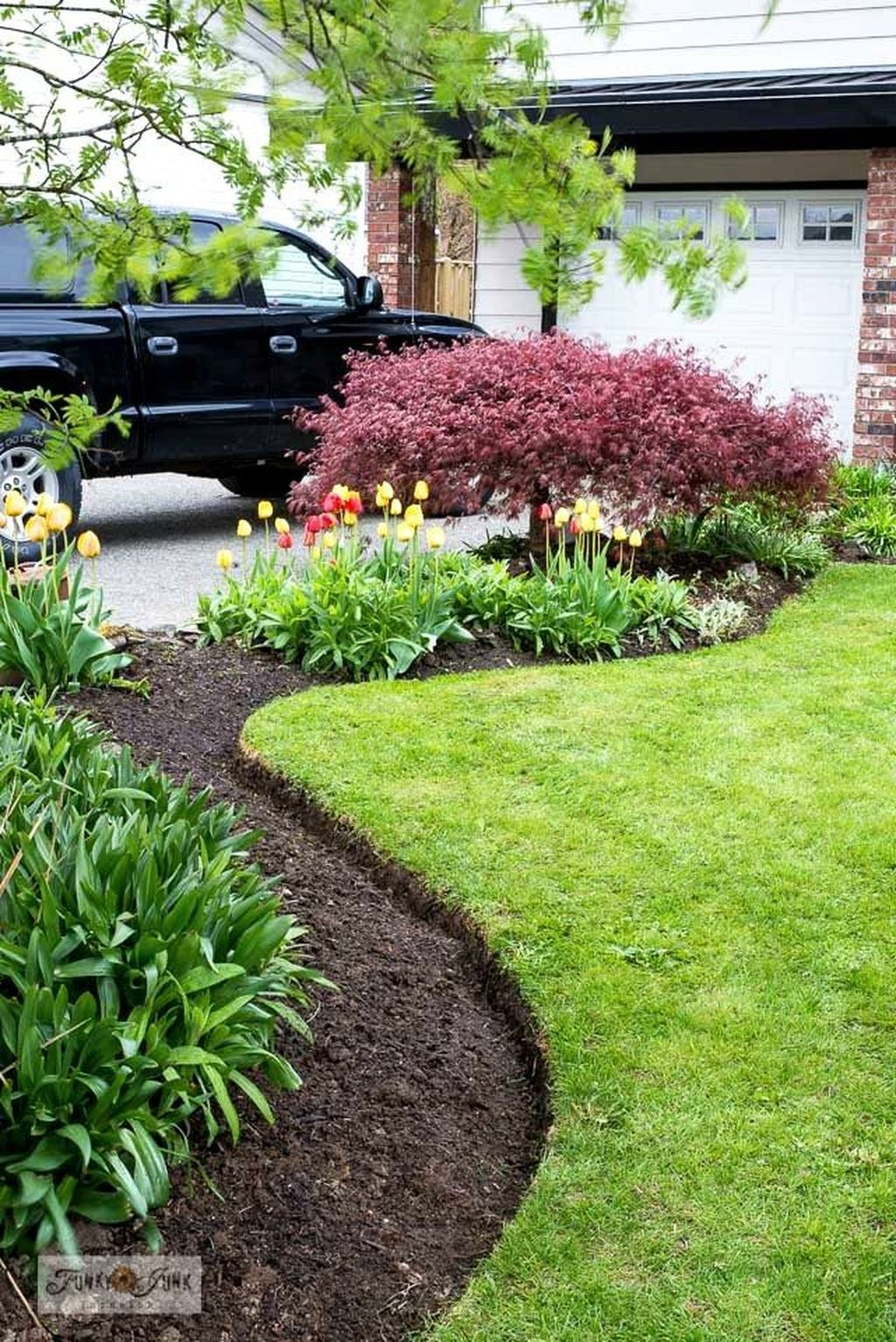 how to make mulch bed