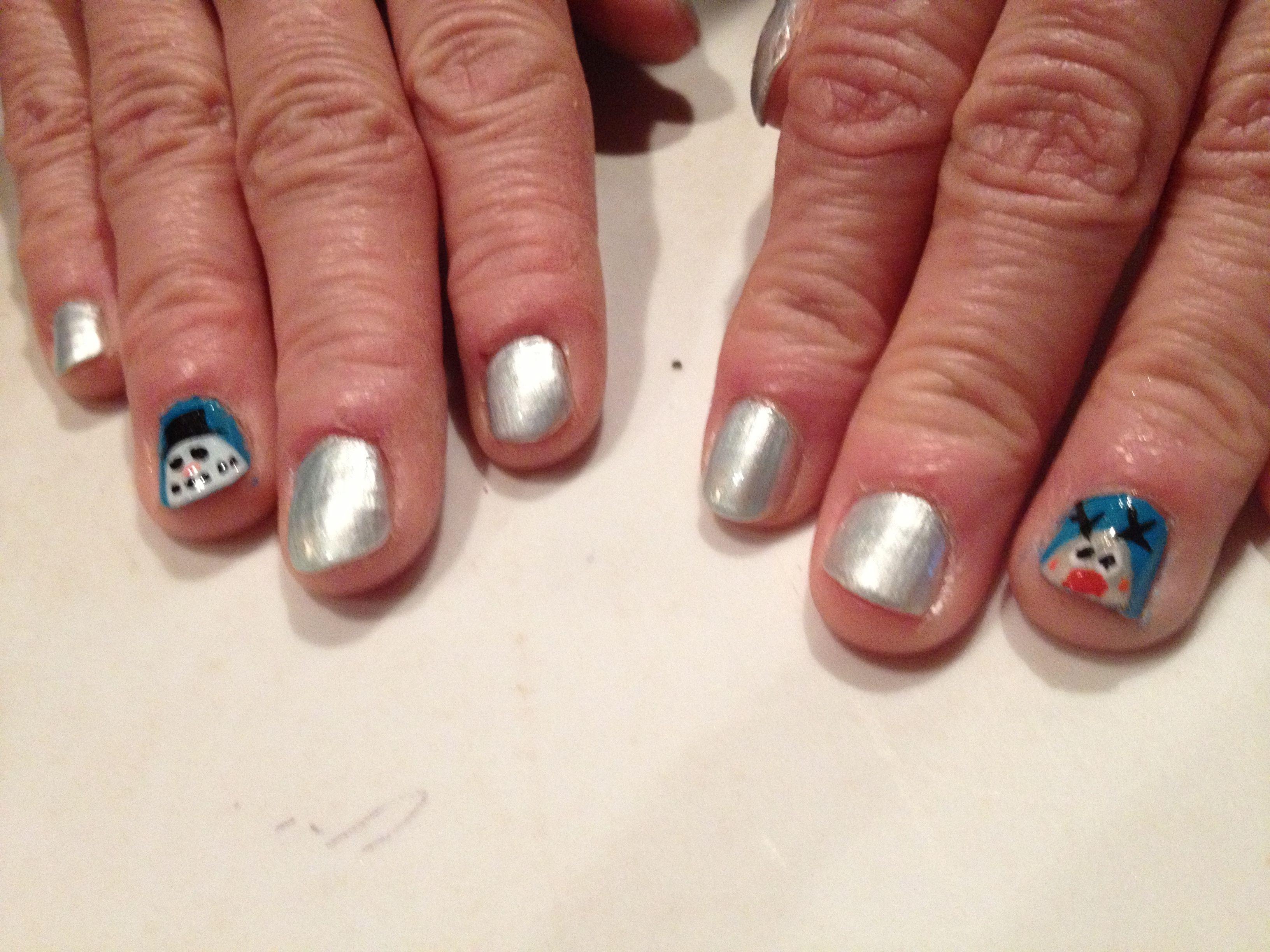 Mommas chirstmas nails did myself nails pinterest mommas chirstmas nails did myself solutioingenieria Choice Image