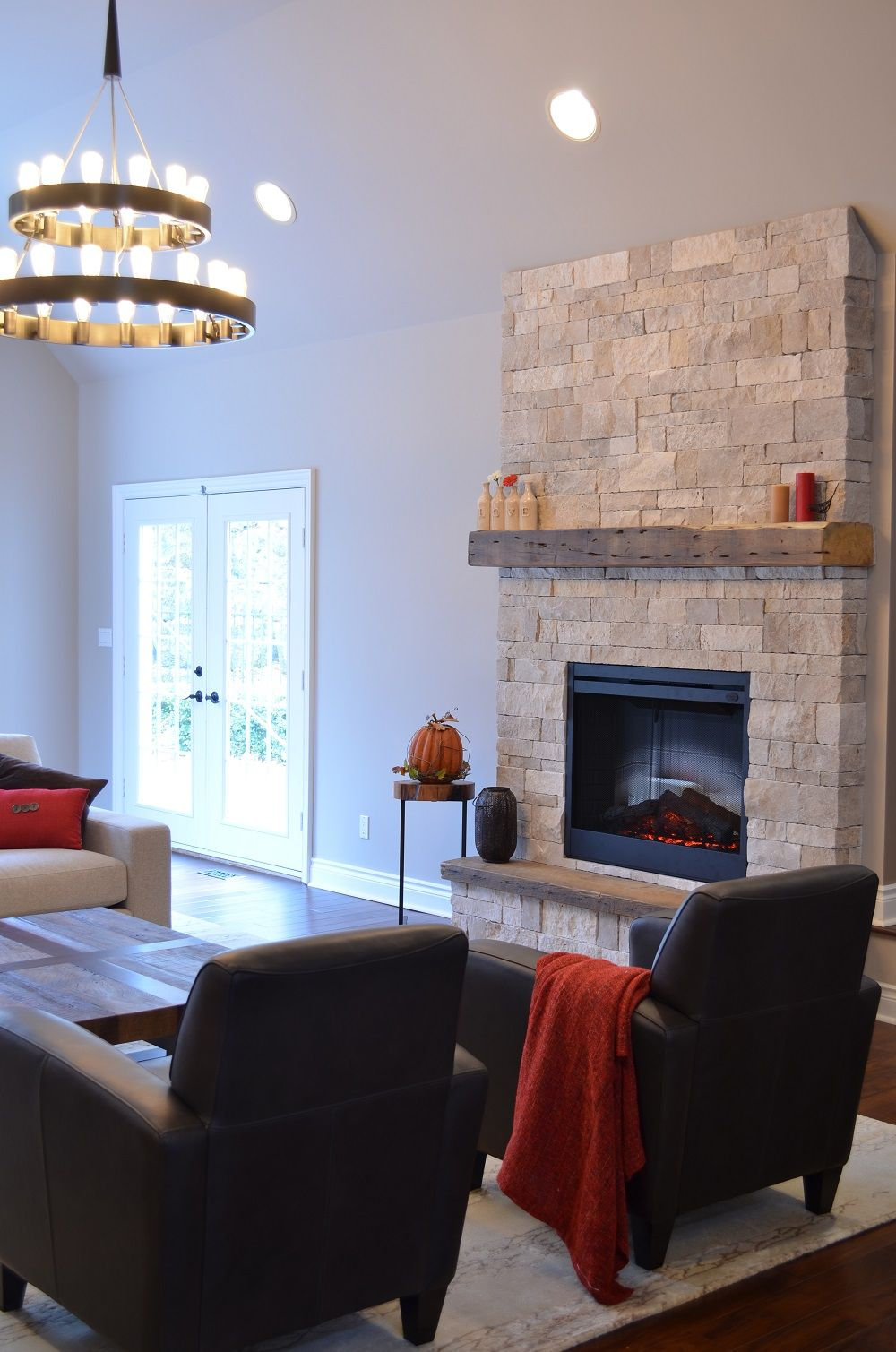 Stone fireplace with Erthcoverings Durango Splitface, reclaimed ...