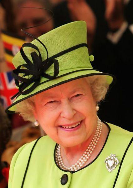 Inventory: Queen Elizabeth's Green Hats #queenshats