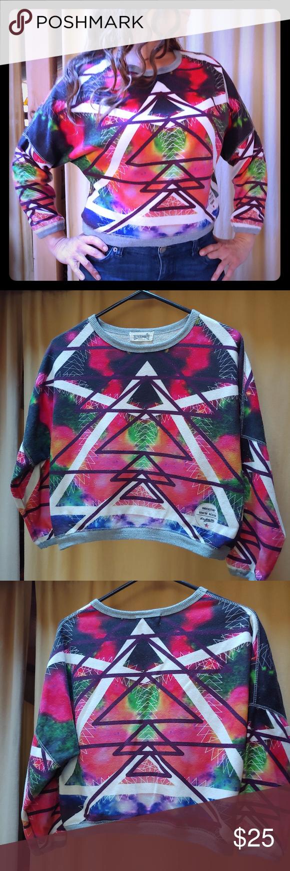 21a1d5ad15fc4 Grafix design crop top sweatshirt Understar Grafix Design crop top  sweatshirt in good condition. I