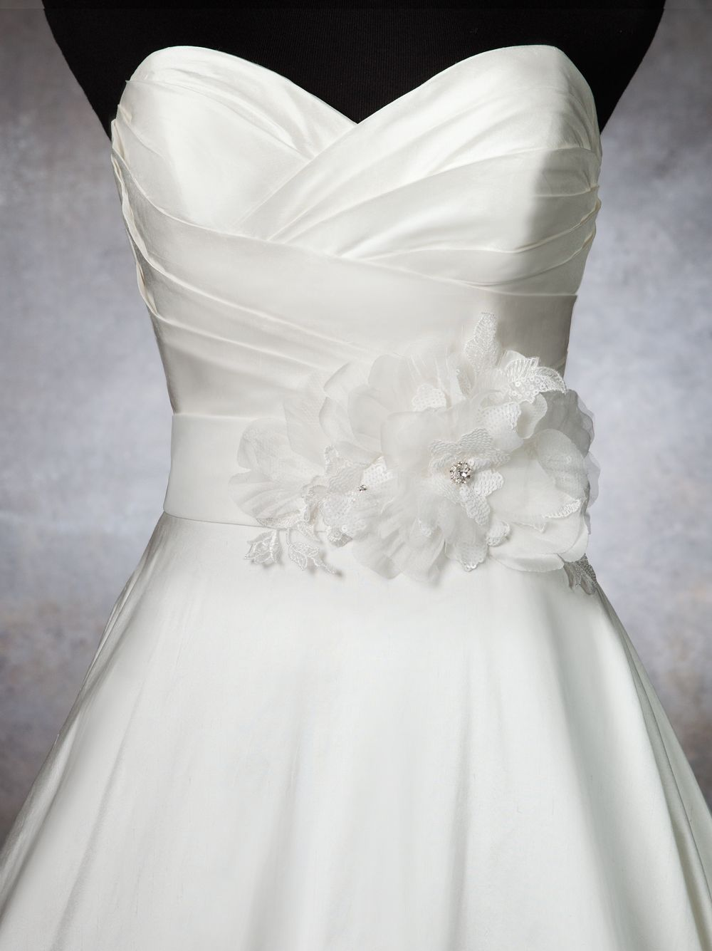 Justin alexander wedding accessories style a lace silk wedding