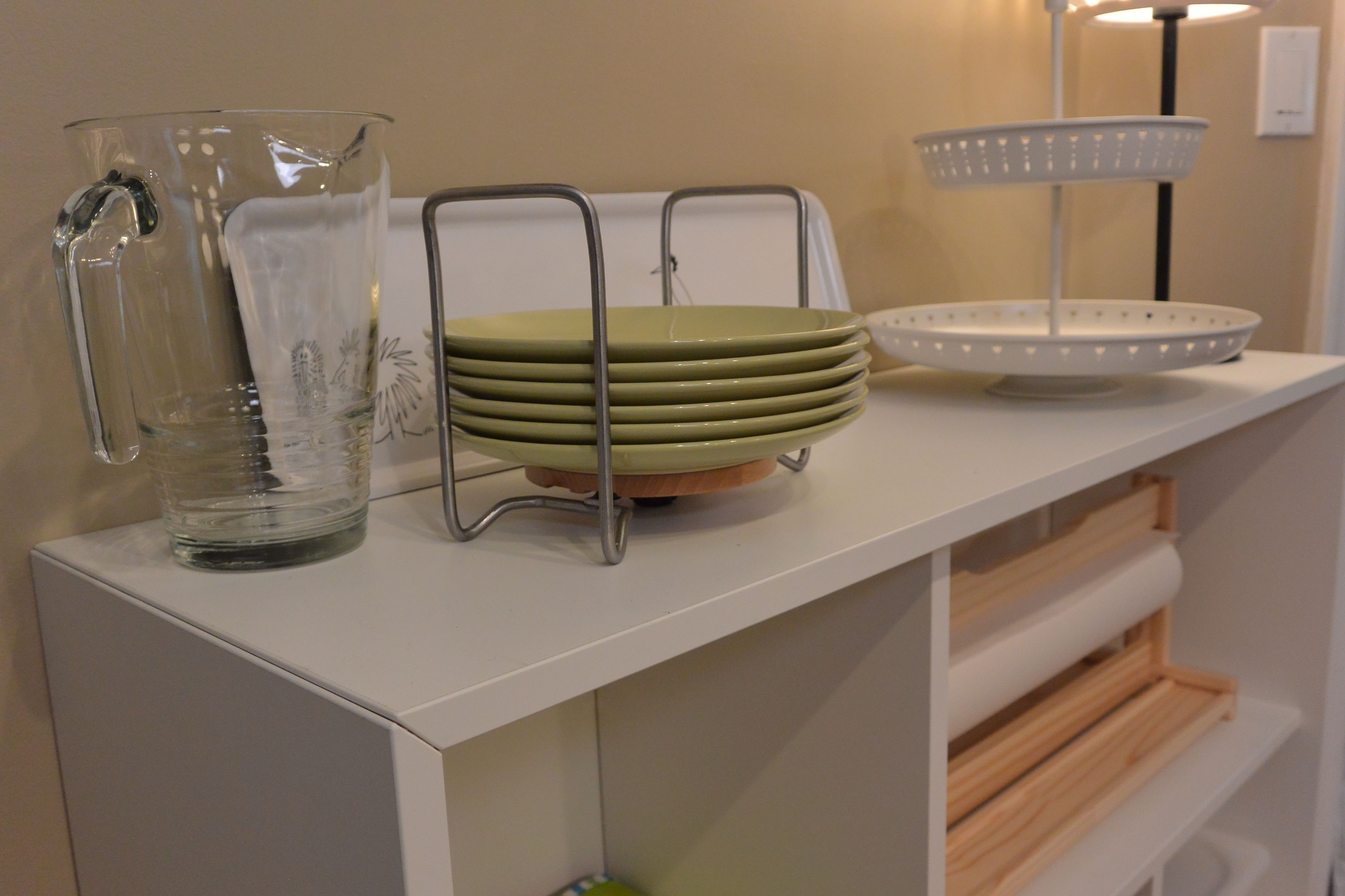 the ikea variera plate holder is adjustable so you can customize rh pinterest com