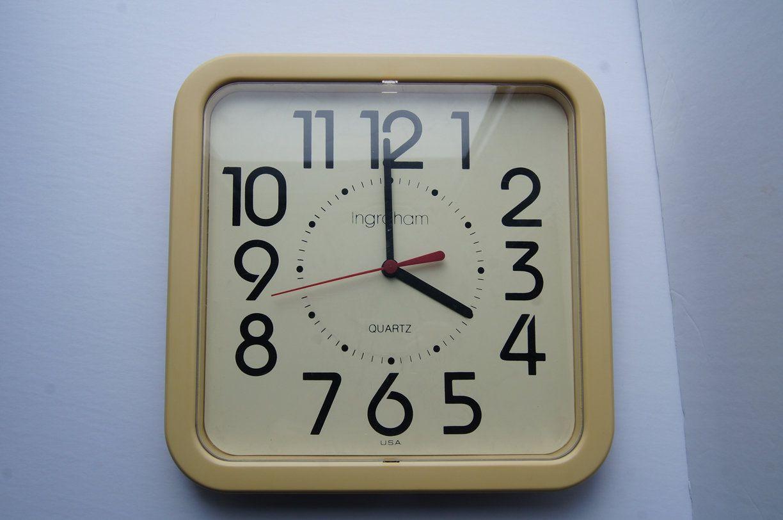 Vintage Art Deco Yellow Kitchen Wall Clock Ge Made In Usa Working Vintage Clock Kitchen Wall Clocks Yellow Kitchen Walls