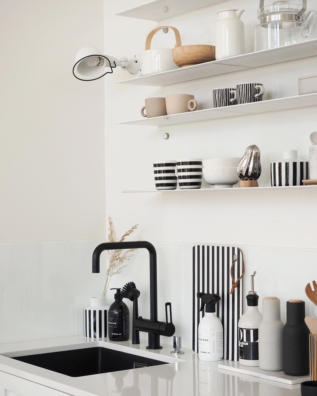10x Keukendecoratie Ideeen Makeover Nl Open Planken Keuken Keukendecoratie Keuken Ontwerp