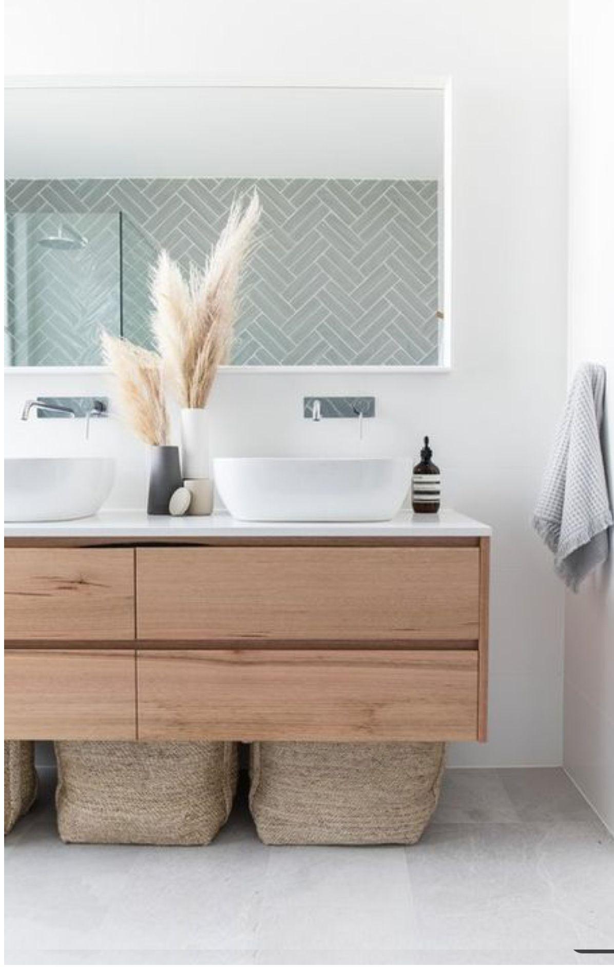 Pin Von Judy Auf Badezimmer Bad Inspiration Badezimmerfliesen Moderne Badezimmerideen