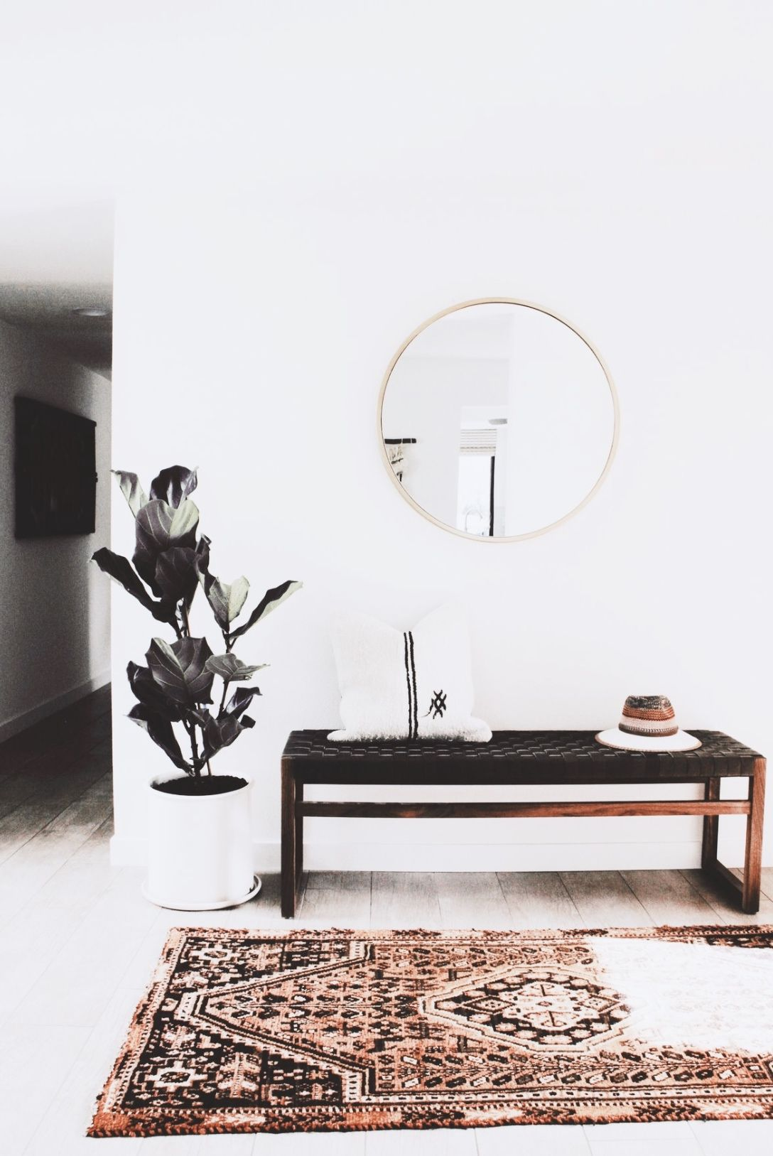 Entryway Black Bench Round Mirror
