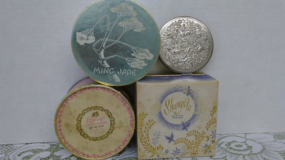 Lot VTG Shangri-la, Corsage, Ming Jade bath - dusting & Vanity by Tussy compact