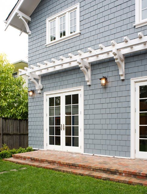 Craftsman exterior trim details and the before of the for Craftsman exterior trim details