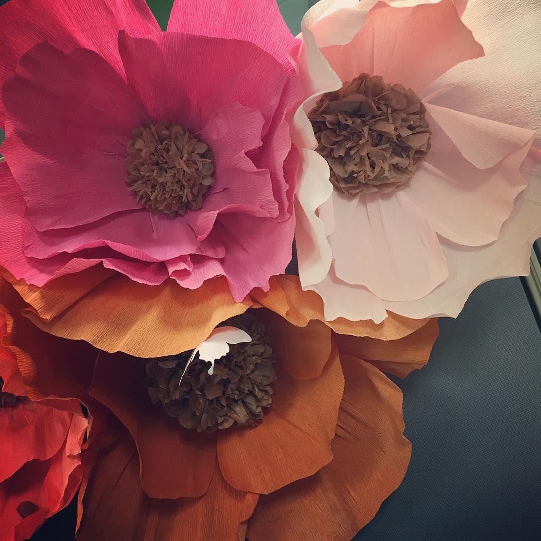 Giant Crepe Paper Flower Tutorial From Tfischerdesign Paper