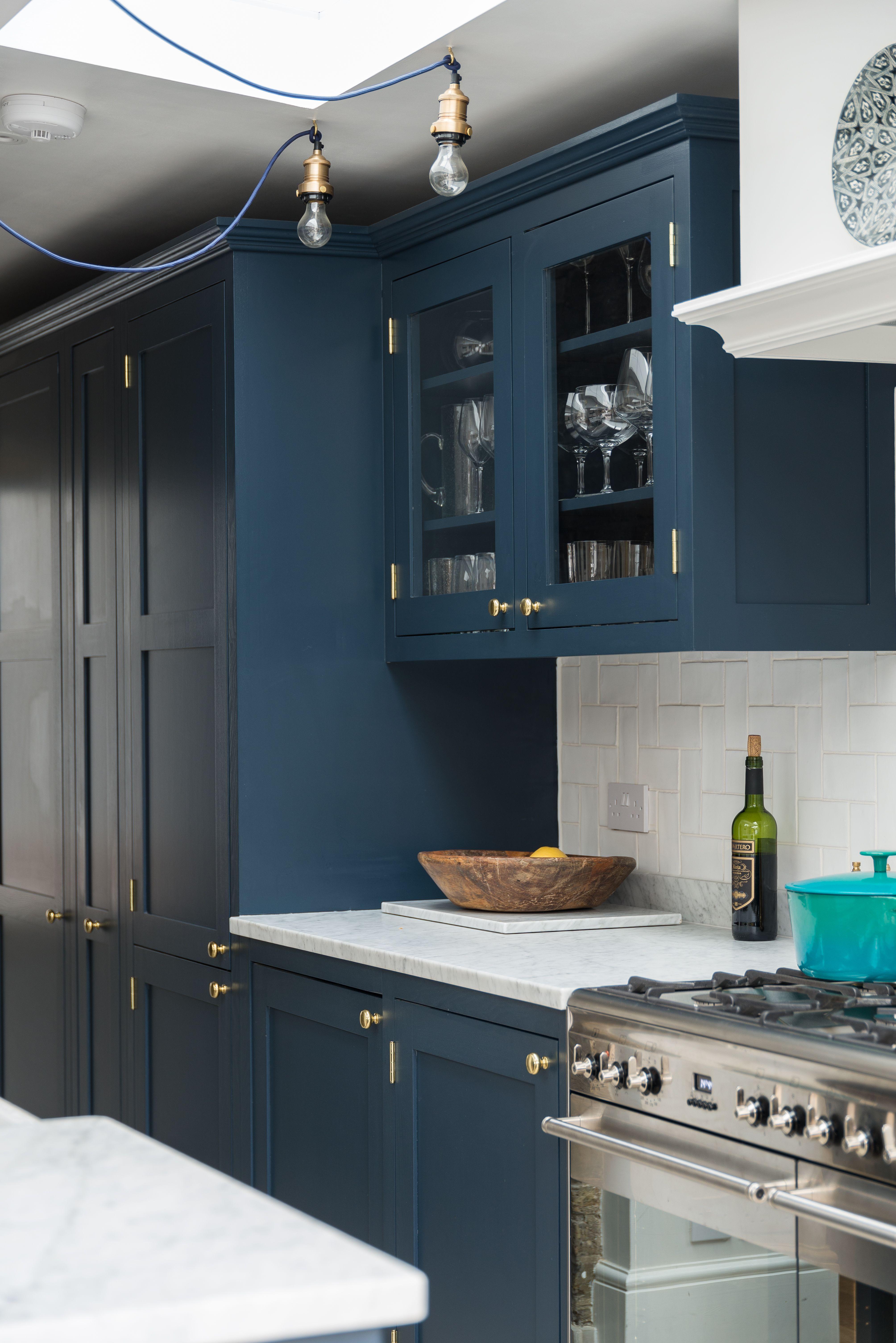 Dark Blue Shaker Kitchen Shaker Style Kitchens Blue Shaker Kitchen Shaker Kitchen