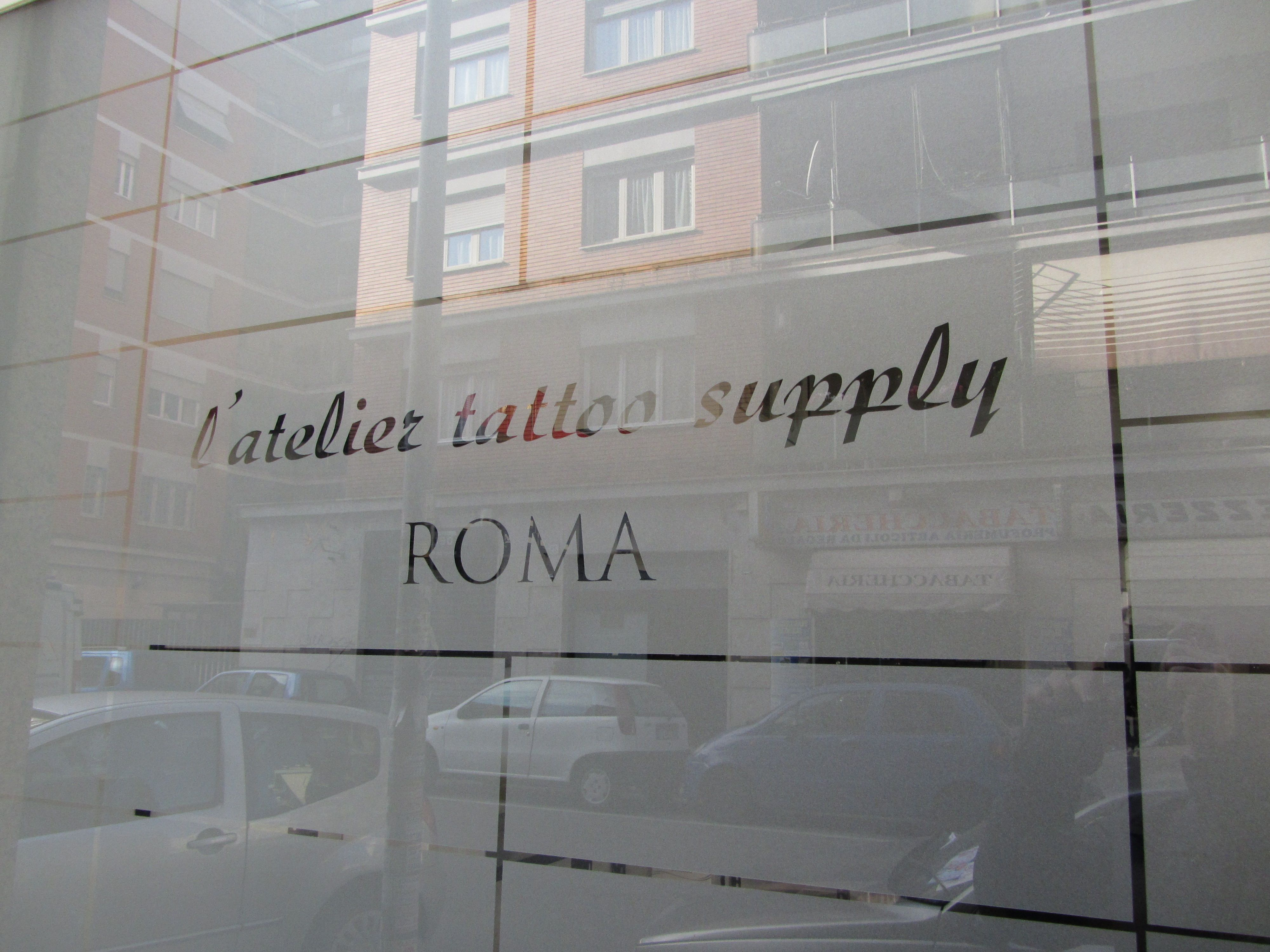 pellicole adesive satinate a roma, pellicole satinate per