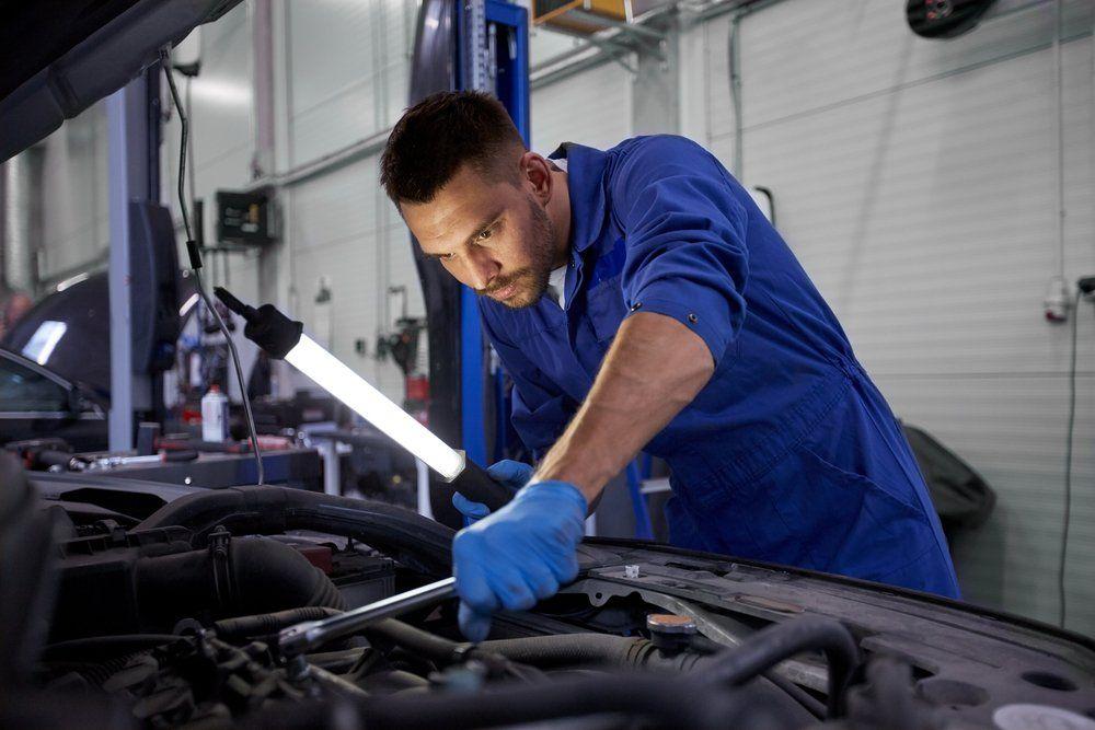 A Practical Guide To Understanding Car Recalls Car Mechanic Mechanic Man Buying Your First Car