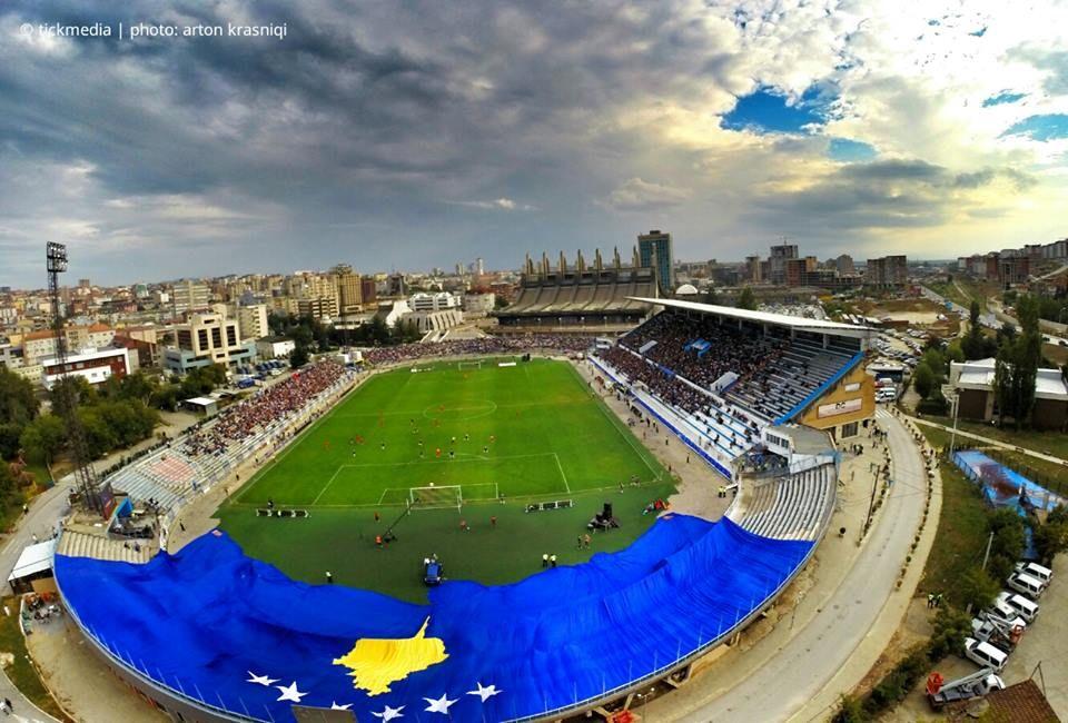 Stade de Pristina. Parce que c'est bien plus qu'un sport