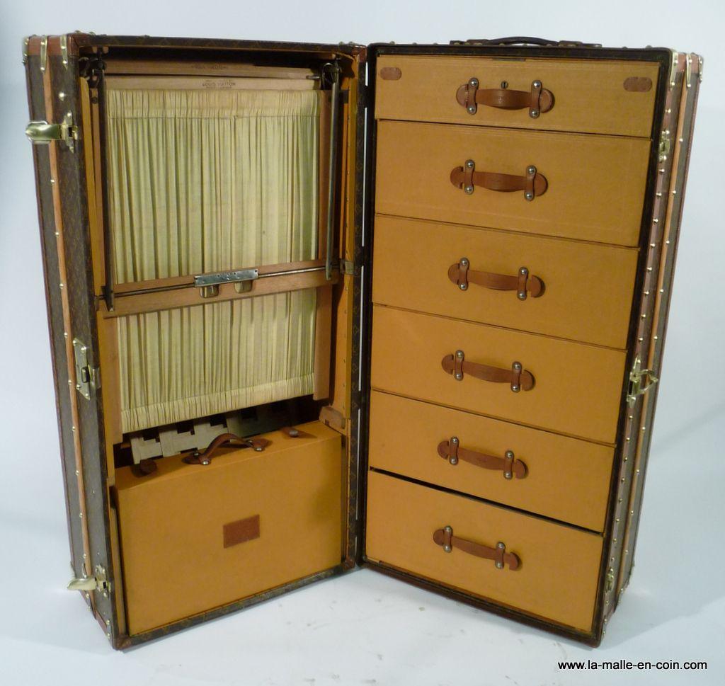 Malle Wardrobe Louis Vuitton trunk - Koffer - Suitcase - Coffre ...