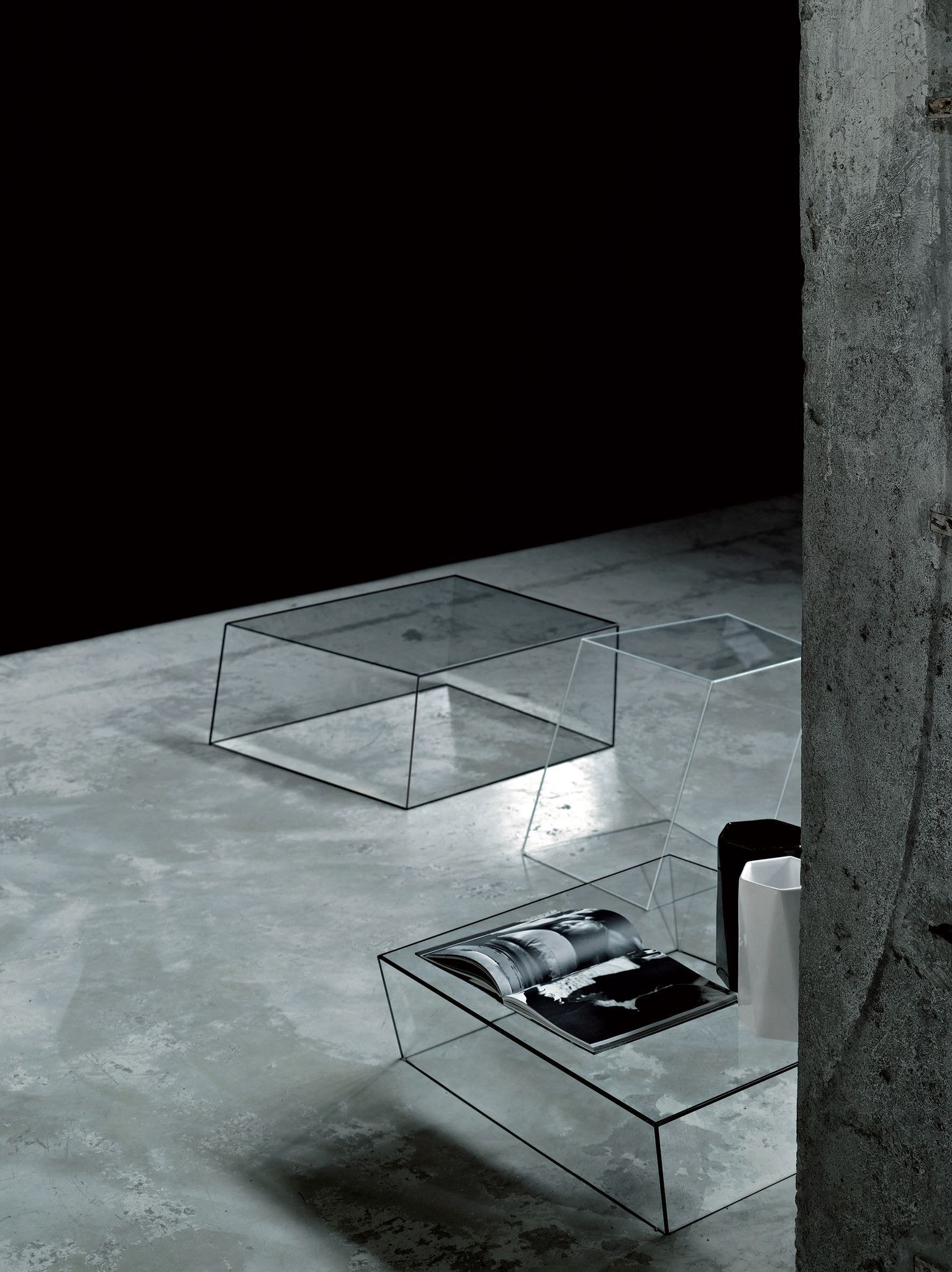 Wireframe Coffee Table Glass Furniture Glass Table Modern Glass Coffee Table [ 2048 x 1533 Pixel ]