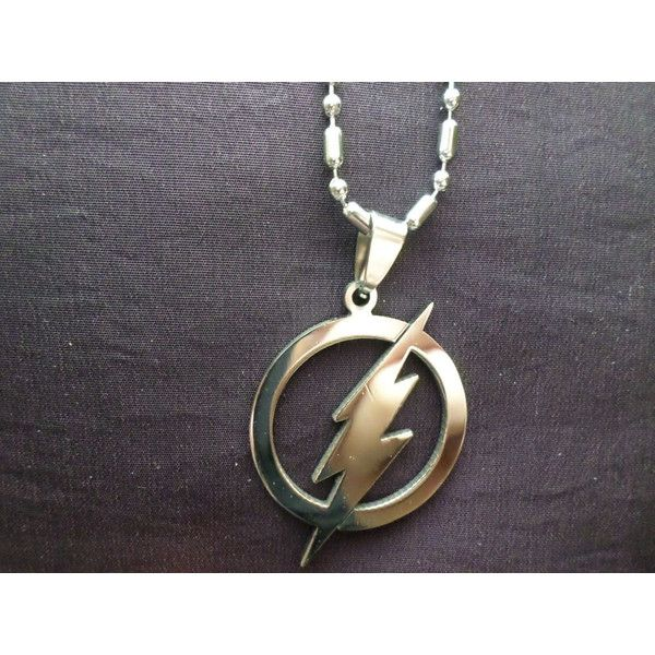 Stainless Steel Replica The Flash Pendant With a 20 Inch Stainless... ($9.98) ❤ liked on Polyvore featuring jewelry, comic book, handcrafted jewelry, lightning bolt pendant, bubble jewelry and bubble pendant