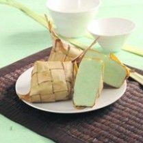 KETUPAT HIJAU SANTAN http://www.sajiansedap.com/mobile/detail/2803/ketupat-hijau-santan