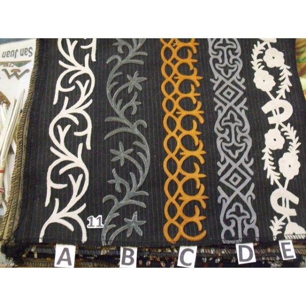 Diseños de grecas en gamuza - Productos Charro Suit 530111bfb98