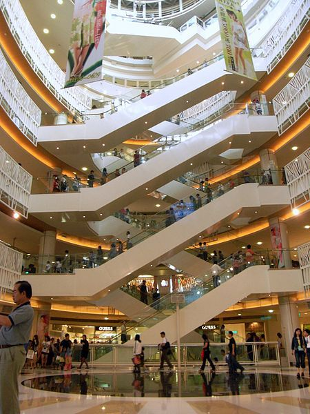 The Escalators In The Dream Mall In Kaohsiung The Largest Mall