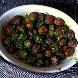 Garlic Butter Roasted Mushrooms from Punchfork — The best Vegetarian recipes from top food sites