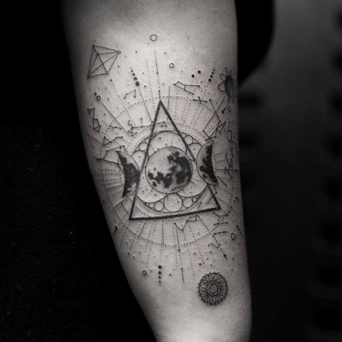 Fine Line Black And Gray Tattoos By Balazs Bercsenyi Page 2 Of 2 Tattoobloq Black And Grey Tattoos Tattoos Grey Tattoo