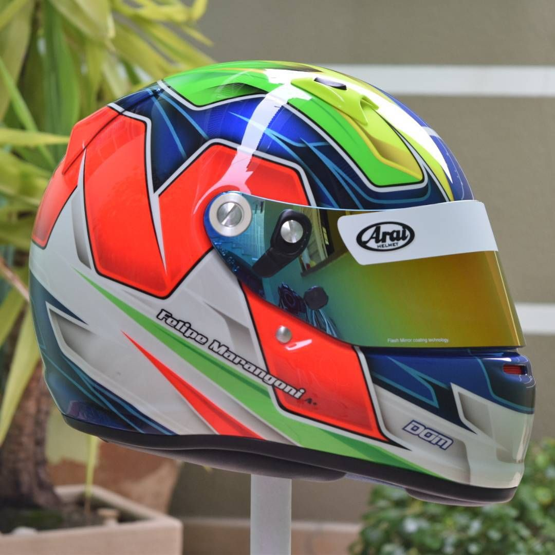 "Felipe Domingues - Dom Designs on Instagram: ""#helmetart #helmetpaint #helmetdesign #art #araihelmet #araihelmets #arai #customhelmetpaint #customhelmet #custompaint #instahelmet #helmet #realhelmetpainters #motorsport #race #kart #autosport #wepainthelmets #domdesigns #speed #karting #racing #top #brasil #axaltabrasil #axalta #axaltarefinish #meguiars #meguiarsbrasil"""