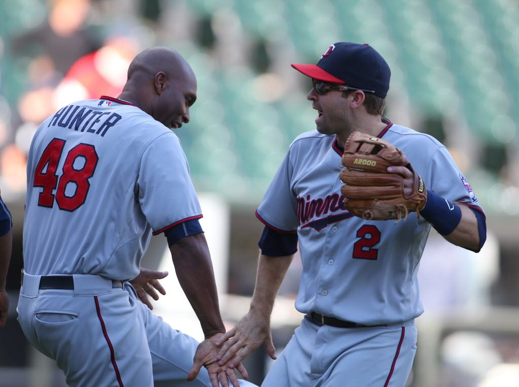 The Minnesota Twins Had A Dance Party After Beating The Tigers Minnesota Twins Twins Baseball Twins